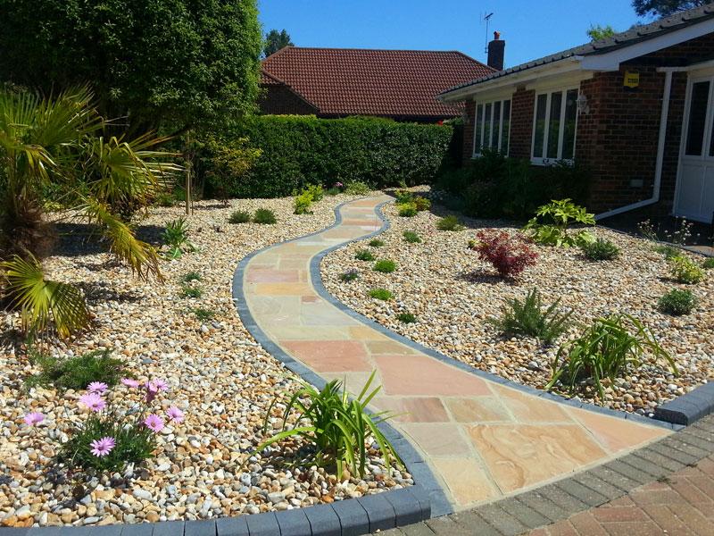 Gravel garden with decorative pathway