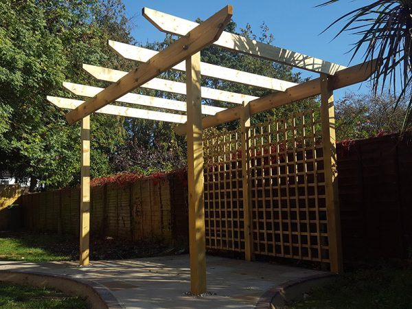Timber pergola, trellis and fence by Shakespeare's Landscapes